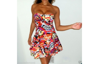http://www.rockafrock.com/1042-thickbox_default/bold-print-full-skirt-structured-swing-dress-forever-unique.jpg